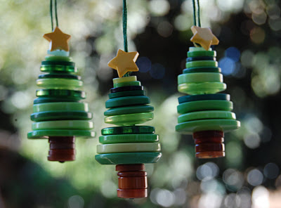 button-Christmas-tree-ornaments
